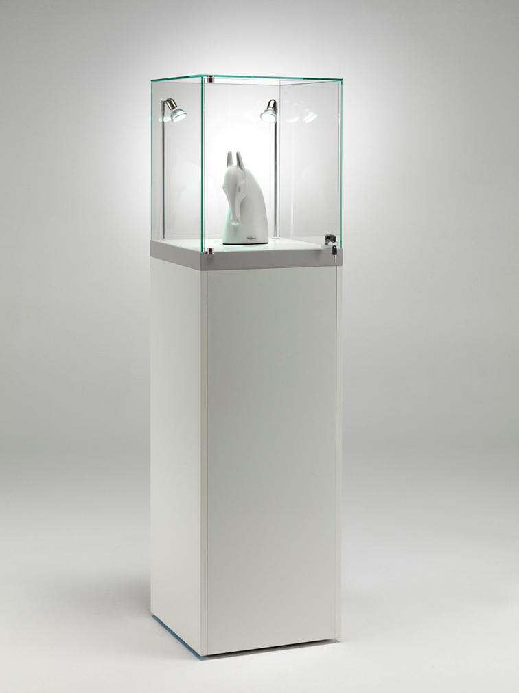 Espositore a noleggio in vetro temperato con anta apribile - finitura bianca